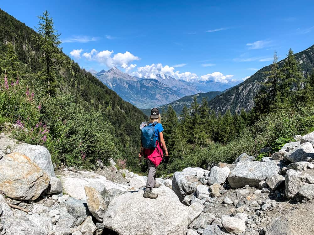 how to hike the tour du mont blanc